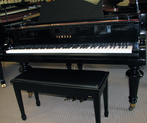 YAMAHA Designer Series  5 8 Grand Piano in Ebony polish
